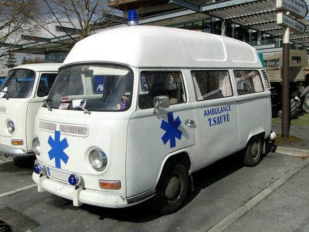VW Combi Ambulance, 1967 a 1971, salon champenois reims 2013 3