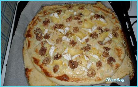 Pizza oignon gorgonzola mottin et noix par nico -- 4