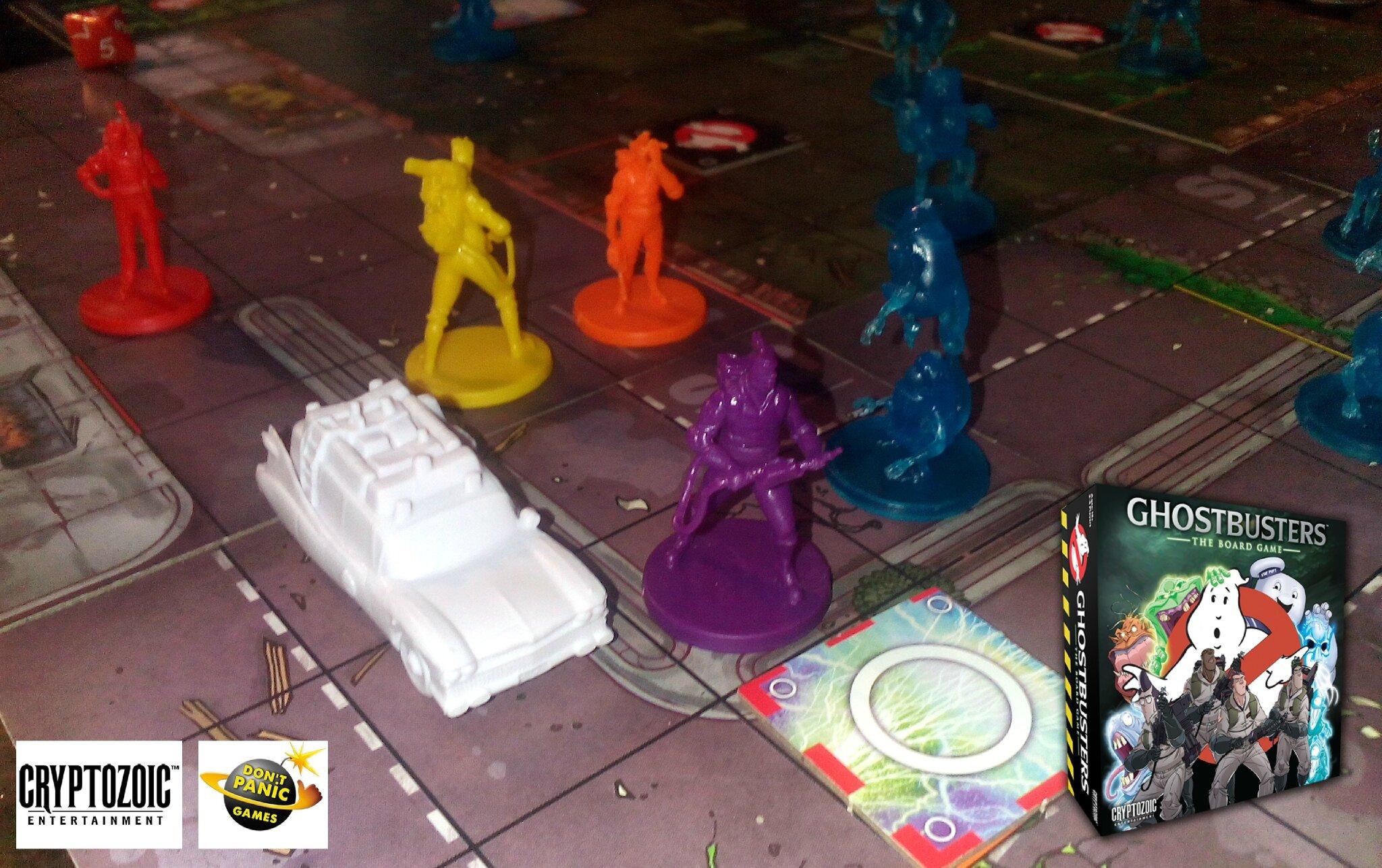 Faites-vous joyeusement engluer par SOS Fantômes, le jeu de société !