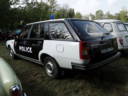 RENAULT 18 GTL Break vehicule de police 1985 Nesles Retro Expo 2009 2