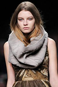 snood_burberry