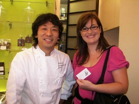 le pâtissier Aoki et une gourmande admiratrice