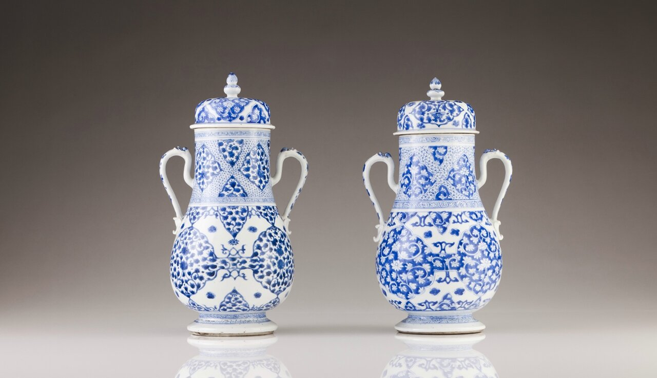 A pair of baluster vases, Chinese porcelain, Kangxi Period (1662-1722)