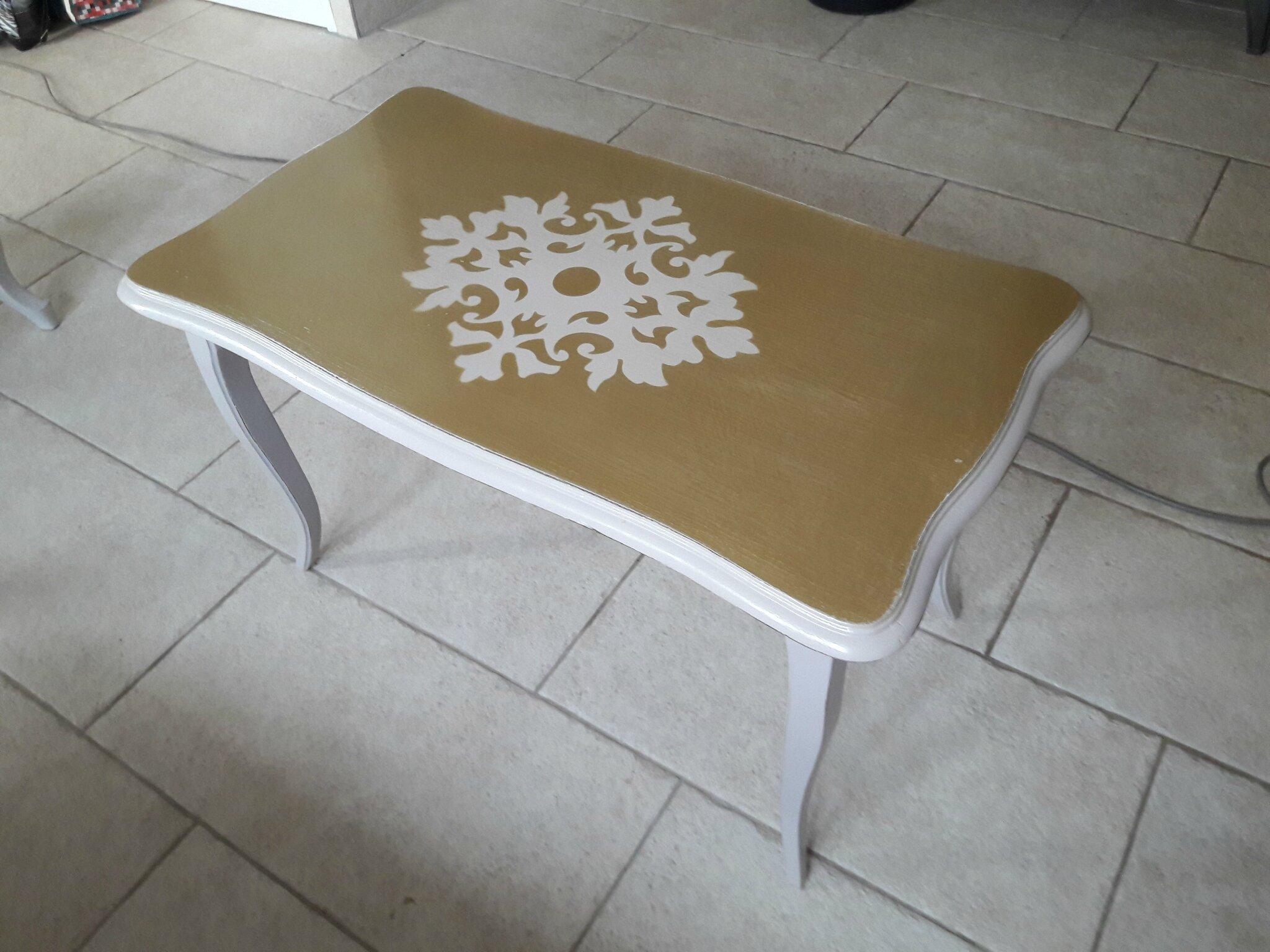 Une table basse très chic!