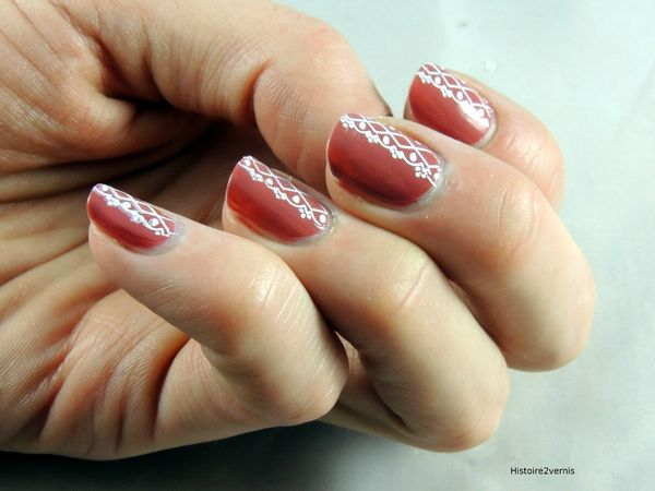 Essence collection vintage District Antique Pink (1)