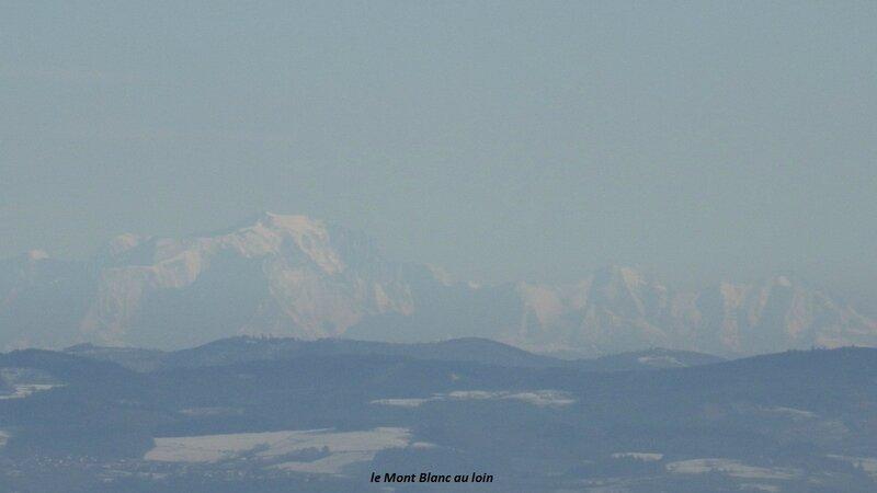Mont Blanc au loin