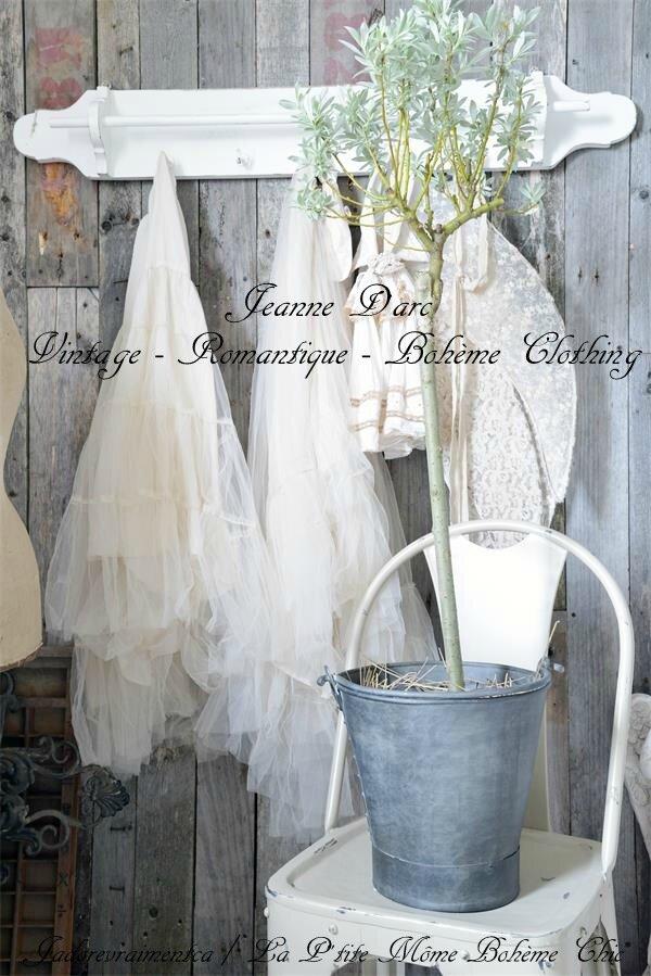 *Jeanne D'arc*Vêtement & Accessoires Vintage*voici ce qui vous attends*moi j'adoooore çà*facile à marier avec Magnolia Pearl