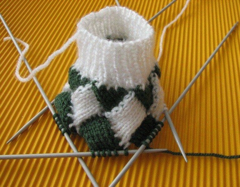 Tricoter avec 2 laines de couleurs différentes.wmv  YouTube