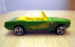 Ford mustang cabriolet 01 -Hotwheels- (2000) 03
