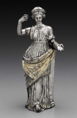 Silver_Aphrodite_statuette_MFA_01_8187
