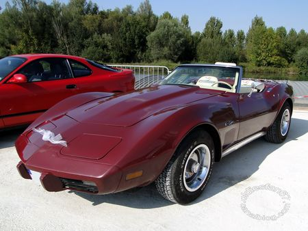 chevrolet corvette stingray convertible roadster 1974 auto retro du port de bray sur seine 2011 1
