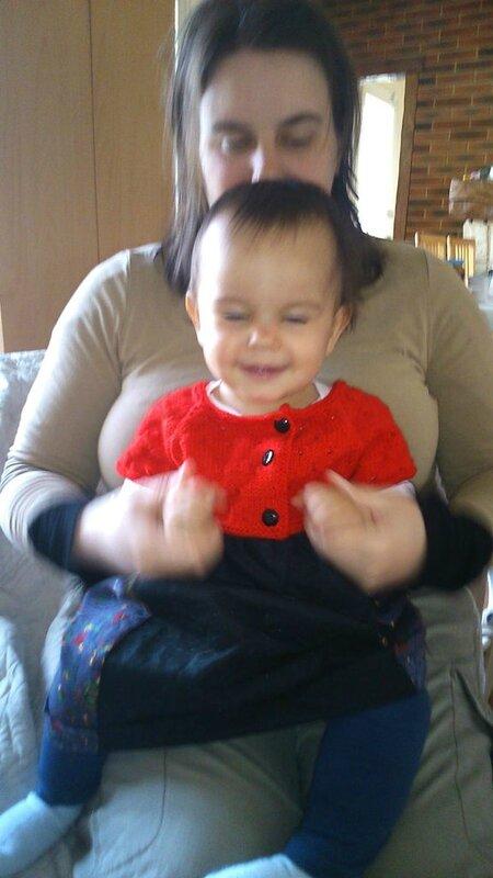 robe tricot tissu rouge et noire amélia avec flo