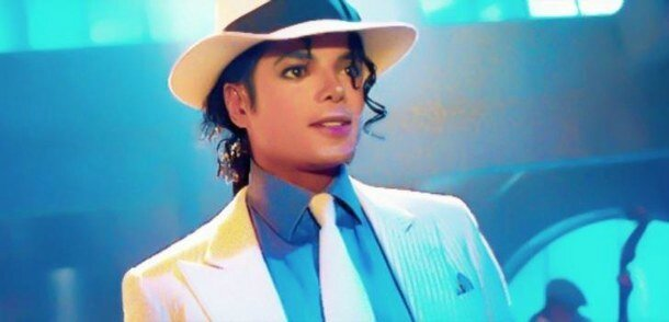 king-of-pop-michael-jackson-moonwalker-applehead-Favim