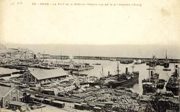 Oran- 137- travail sur les quais