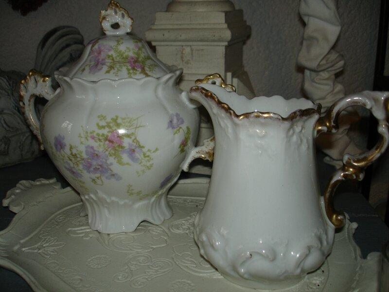 Sucrier et pot à lait ancien (1)