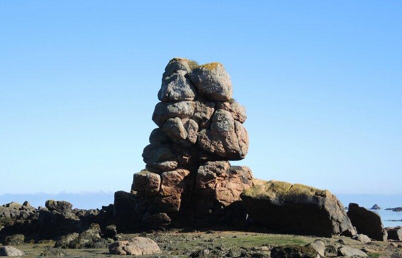 Île de Bréhat, grève de Gardeno, le roc