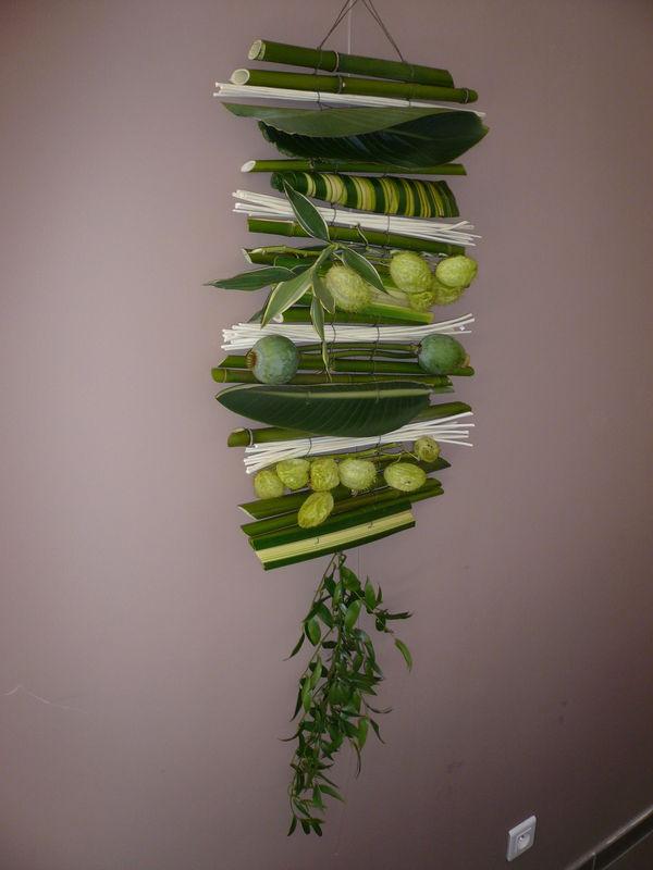 dessus de capot ou cadre floral 2 le blog en photos des cr ations florales d 39 emily alarcon. Black Bedroom Furniture Sets. Home Design Ideas