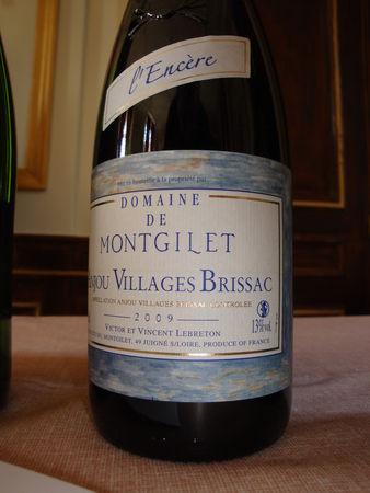 montgilet_09_anjou_villages_brissac_l_ancere_rouge