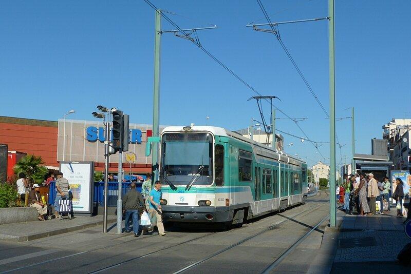 230816_T1la-courneuve-8mai1945
