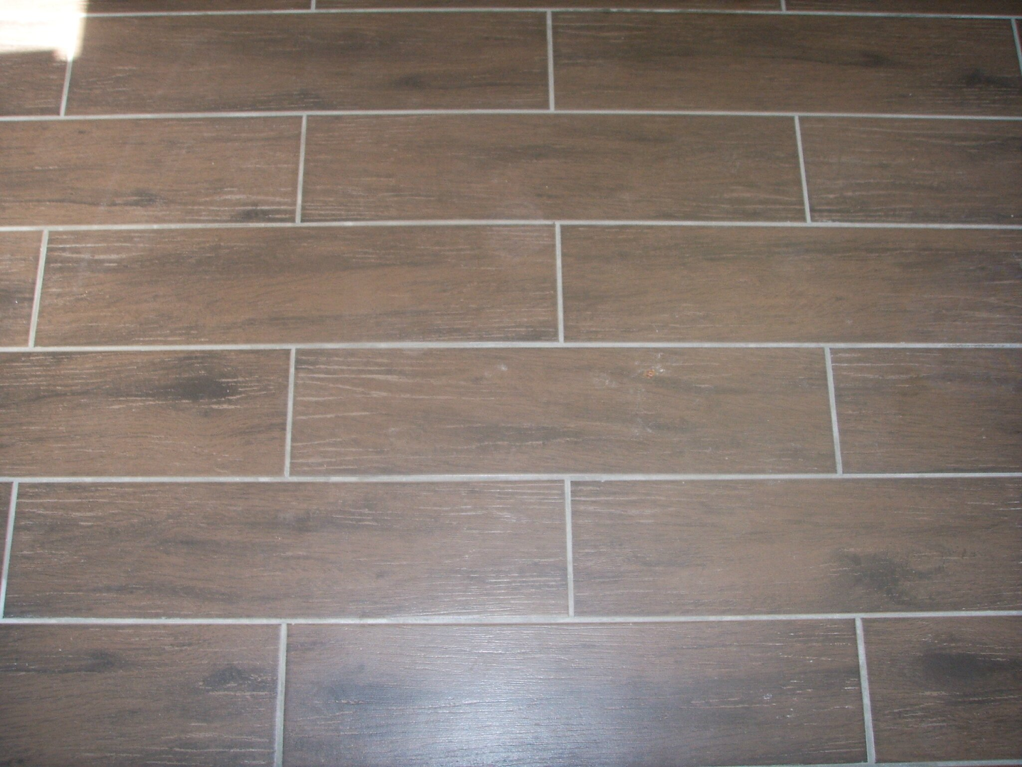 R novation le carrelage fine faible paisseur le - Pose de carrelage imitation parquet ...