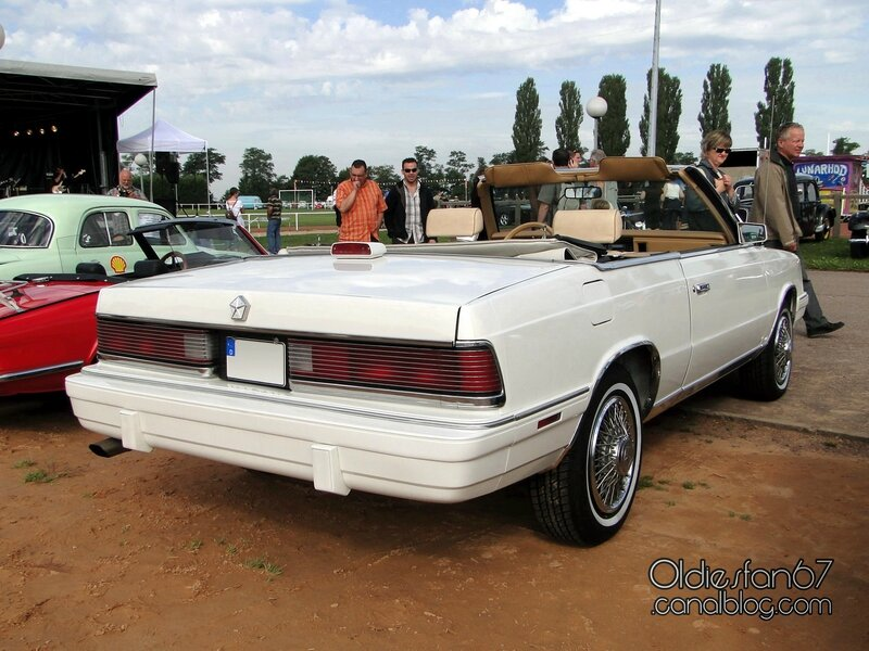 chrysler-lebaron-convertible-1986-02