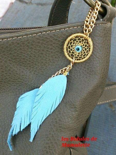 Bijou de sac Attrape-rêves bleu et doré