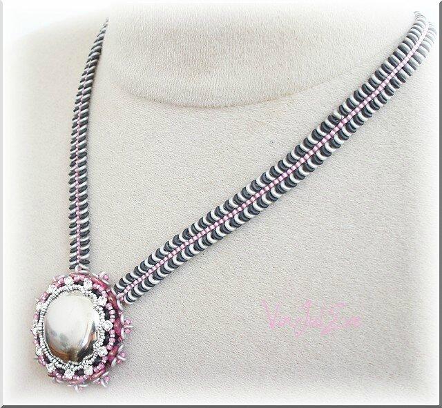 collier Halsua noir gris rose1