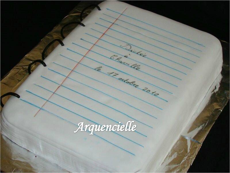 gâteau cahier école