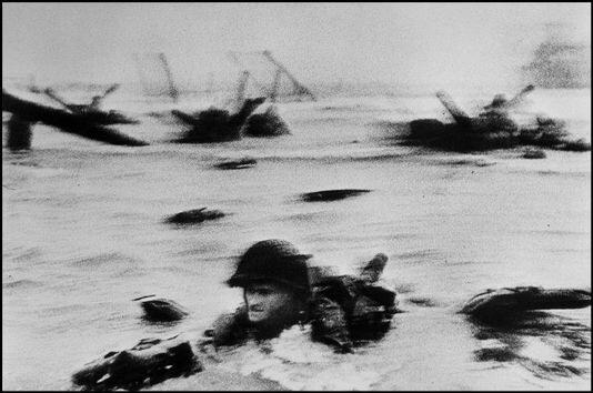 omaha beach Robert Capa