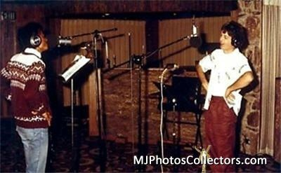 Michael-And-Paul-McCartney-In-The-Recording-Studio-michael-jackson-35622999-400-247