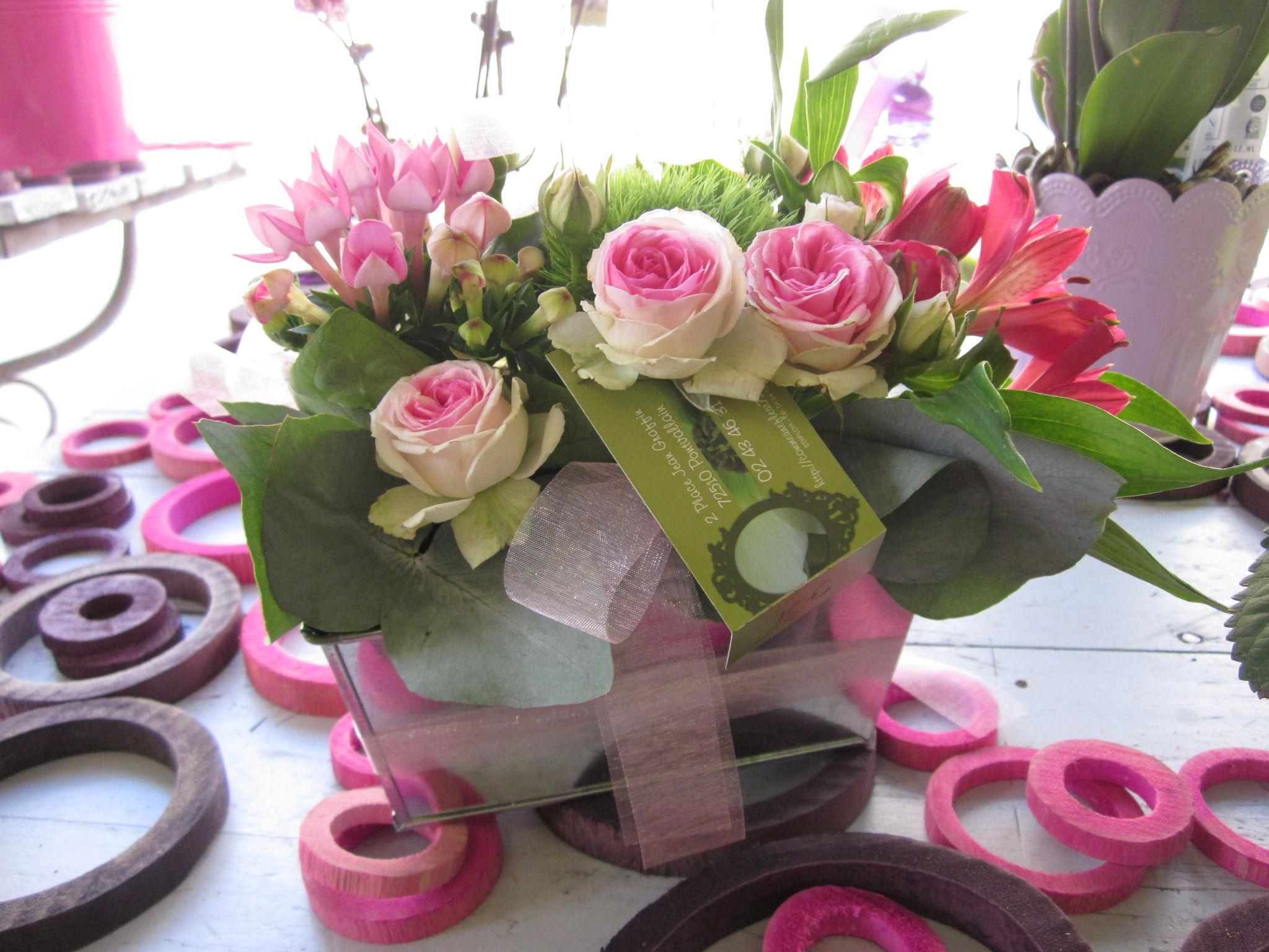 compositions roses mini eden photo de compositions et bouquets comme une fleur. Black Bedroom Furniture Sets. Home Design Ideas