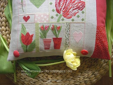 COUSSIN_TULIPES_DETAIL_MOITIE_BAS