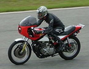 Arnos2005