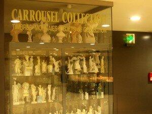 R_serves_des_sculptures_antiques_du_Louvre
