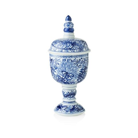 A blue and white goblet, circa 1690