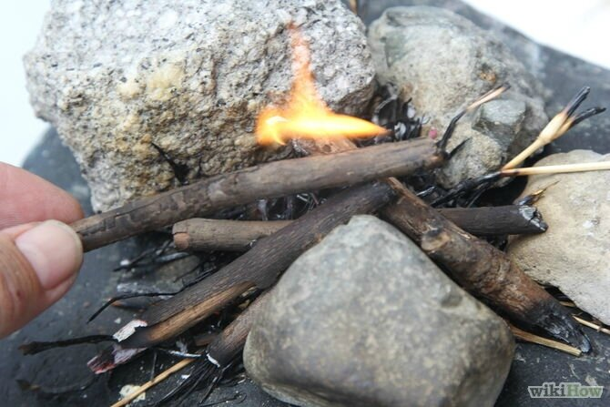 670px-Make-Fire-Without-Matches-or-a-Lighter-Step-16-Version-3