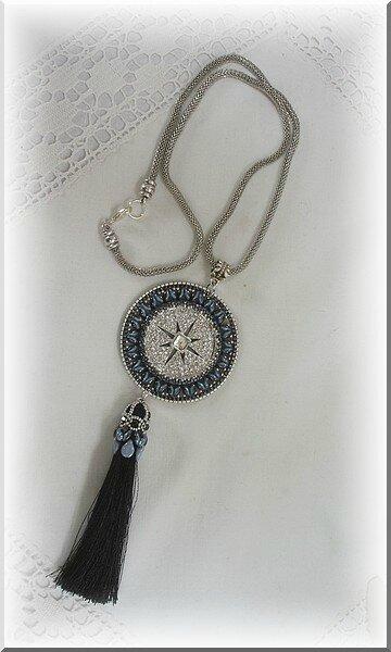 collier Sabi bleu noir argent