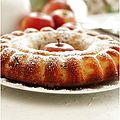 Gâteau yaourt hyper moelleux aux raisins secs et aux pommes.........