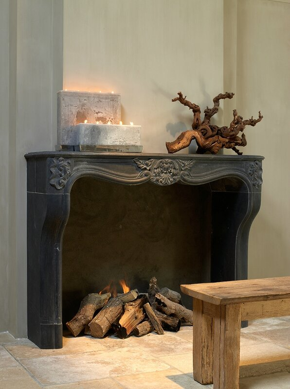 hand-carved-fireplace-3046