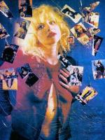 courtney_love-1993-03-29-by_kevin_cummins-1-4e