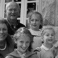 genevieve & joseph Riou avec leurs petites filles
