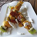 Brochette aux fruits poeles