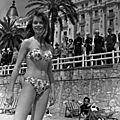 1953-05-festival_de_cannes-plage-030-1-par_giancolombo