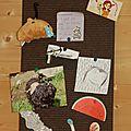 Calendrier de l'avent jour 22: panneau punaisable en carton mousse et tissu.
