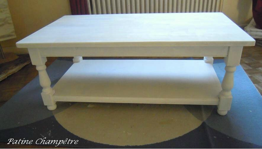 Nouveau look pour table basse patine champ tre for Table de salon ancienne
