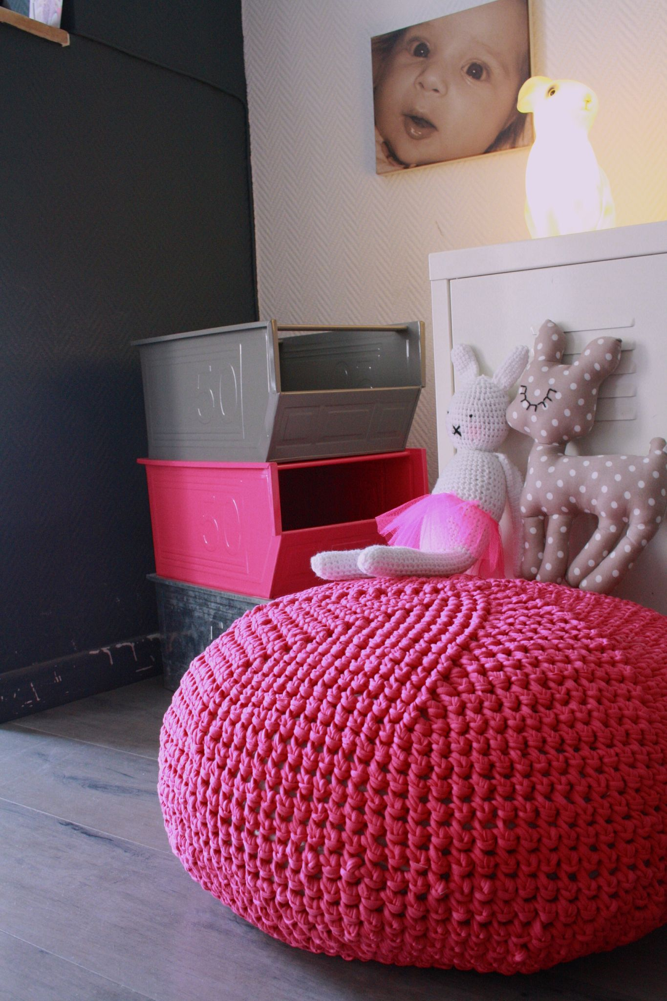 tuto pouf trapilho crochet. Black Bedroom Furniture Sets. Home Design Ideas