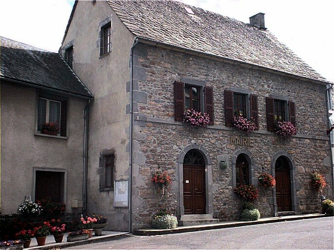 mairie de Saint-Sauves