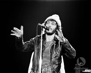 Bruce_Springsteen_The_E_Street_Band_pictures_1975_BC_3042_009_l