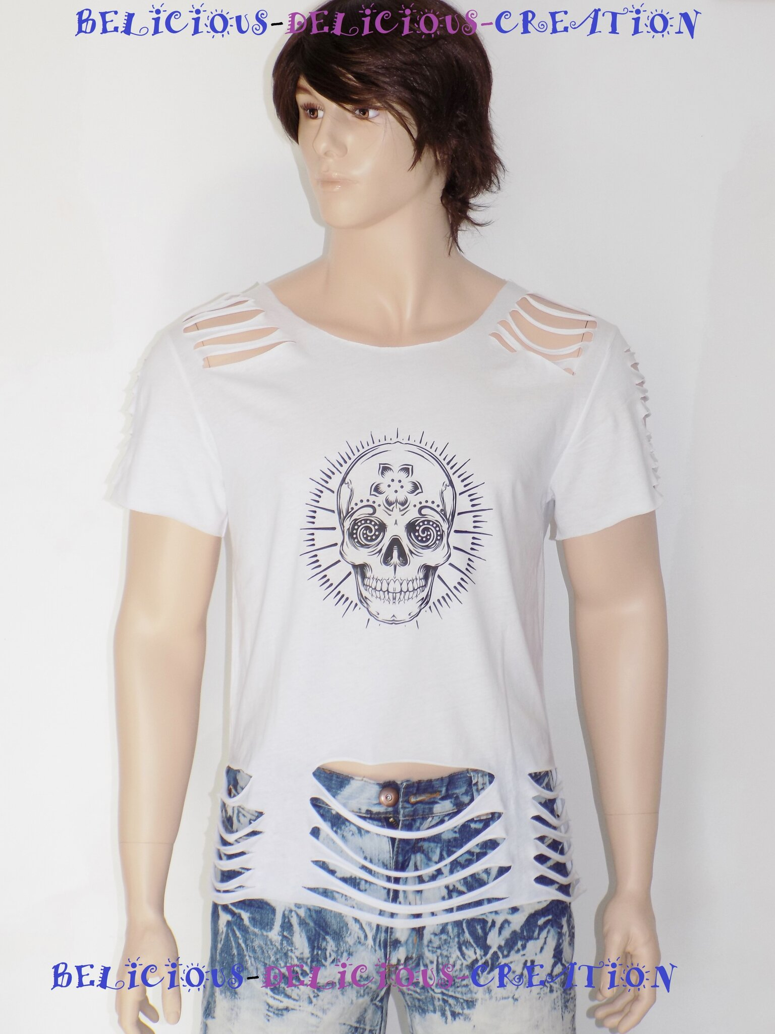 t-shirt mens white slashed with notif skull