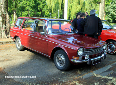 Simca_1301_break_de_1968__Retrorencard_mai_2011__01